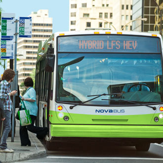 Nova Bus receives major order for hybrid buses from Quebec