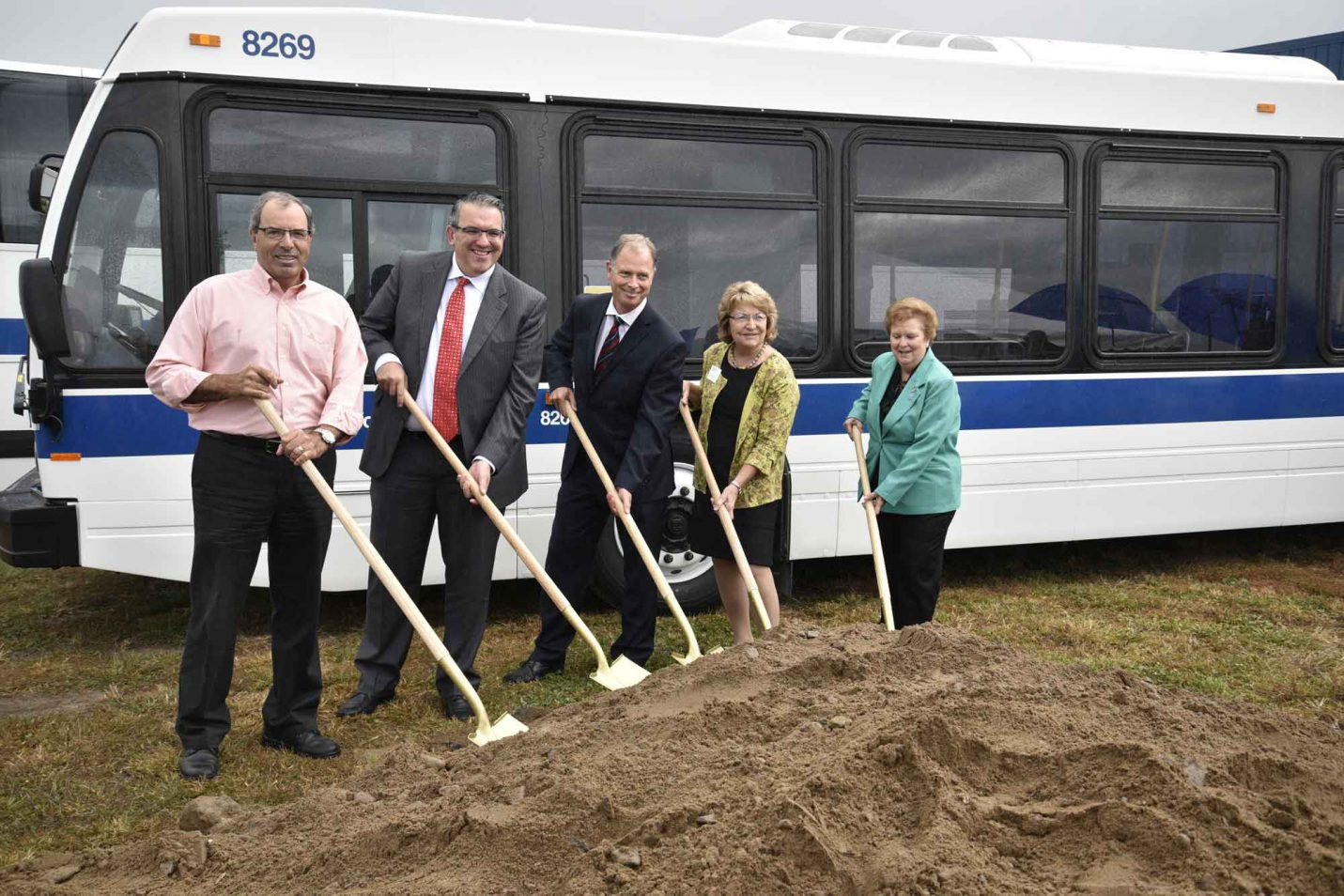 Volvo celebrates the groundbreaking of new customer delivery center serving Nova Bus and Prevost in Plattsburgh