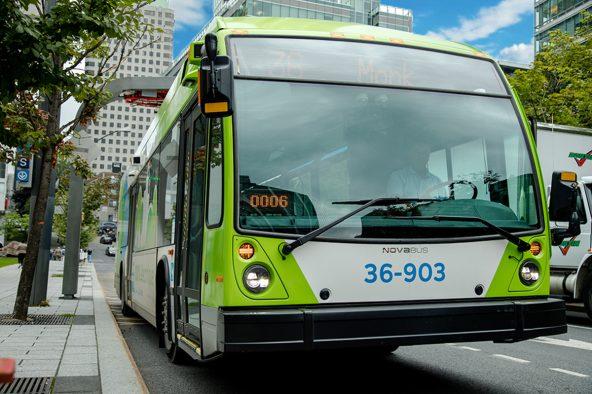 Nouvelle commande d'autobus électriques à Montréal